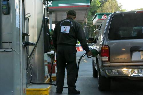 Hacienda reduce subsidio a gasolinas por segunda semana consecutiva