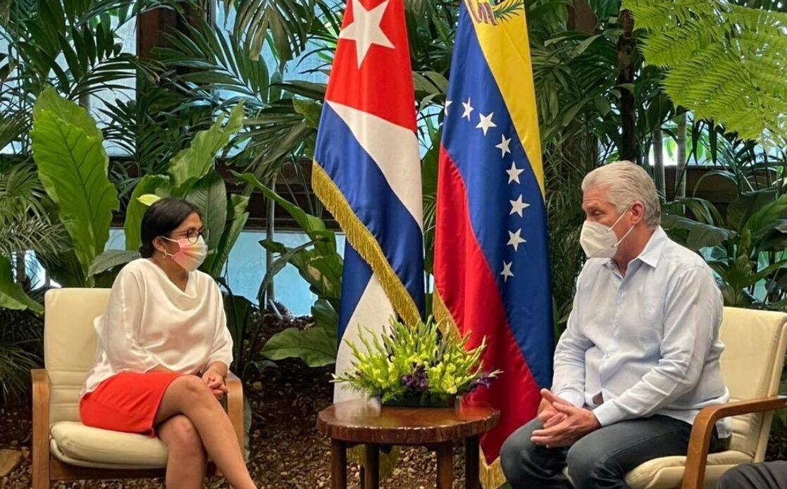 Ni odio ni violencia podrán con la revolución cubana: Díaz-Canel