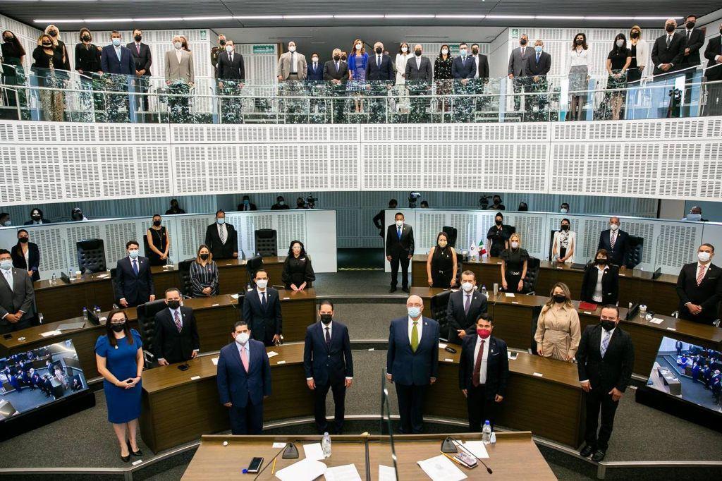 Atestigua Gobernador tercer informe de actividades de la LIX legislatura del estado
