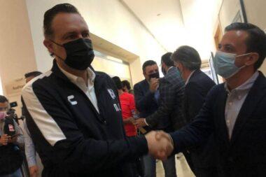 Anuncia Kuri a Adolfo Ríos como nuevo director deportivo de Gallos Blancos