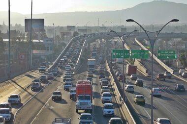 «Crece la población y se incrementa el tráfico en la ciudad», alerta diputado de Querétaro